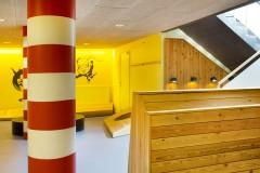 Scandinavian architecture, danish design, arkitektur, indretning, dansk design, Scandinavian design, design, modern design, enkel design, simpel design, grafik, striber, søjle, træ,